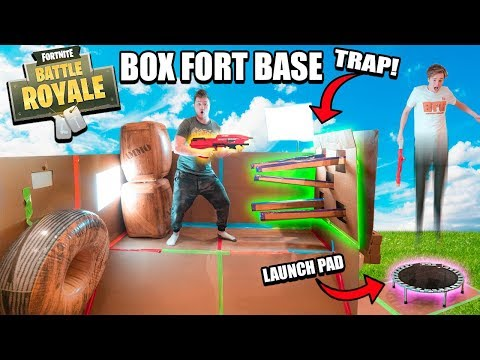 FORTNITE IN REAL LIFE BOX FORT BASE!! 📦⛏ WORKING Fortnite Traps, Launch Pad & More!
