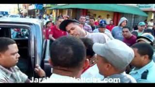 Amet le da tremenda pecoza, galleta y macanaso a un ciudadano en Jarabacoa