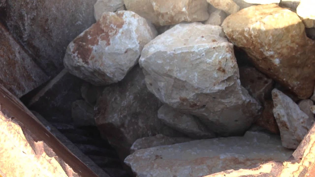 Parker rt16 1100x650 jaw crusher youtube for Domon the boulder crusher