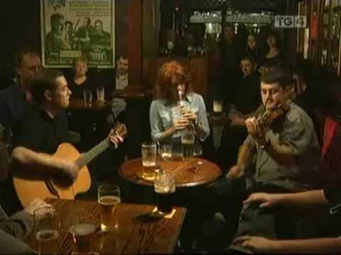 Grace Kelly, Andy Jones & Sean Regan - More Reels