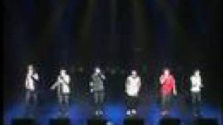「LAST SONG TOUR」より。 ラストなのに間違えてるシモ君が大好きです(...