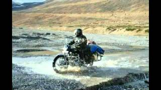 Motorcycle Trip to leh ladakh 2010 - Road to heaven - part 2, Leh ladakh on royal enfield.mp4