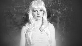 Official video for the single «zu schön für dich» («too beautiful you»), taken from album «les hormones» on staatsakt/caroline. © 2016 staatsakt • pu...