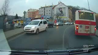 Ambulance responding Prague / VRZ jízda