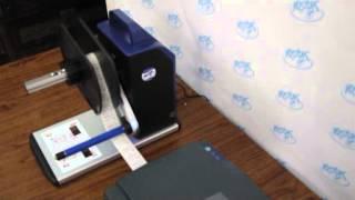 Внешний намотчик этикеток Godex(Godex T10 -- универсальный внешний намотчик этикеток подходит для любых моделей принтеров этикеток. Godex T10 предн..., 2014-01-10T13:40:24.000Z)