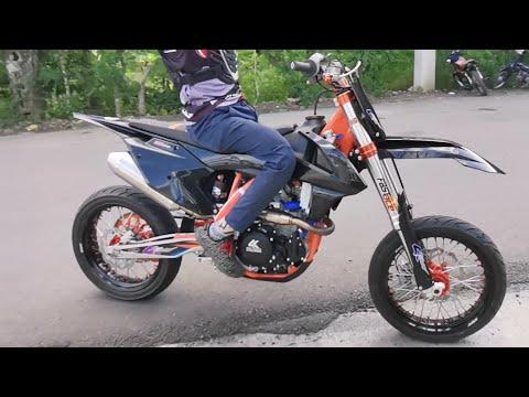 Nueva 4K MCR 300cc BLACK EDITION 2019