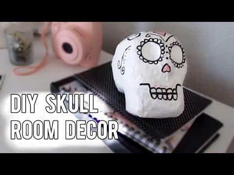 DIY Paper Mache Skull (Room Decor)