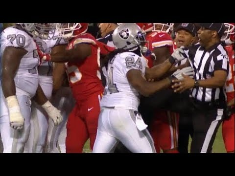 VIDEO: Increíble agresión de M marshawn lynch