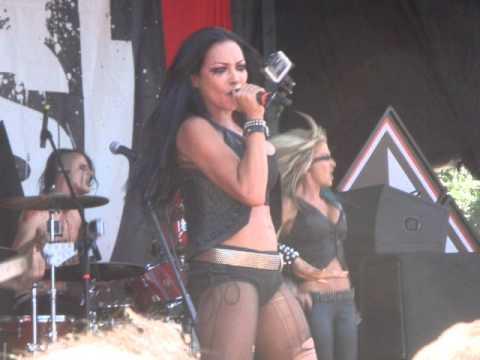 Danzig -- Butcher Babies Tour -- New Death Angel -- New Deicide album -- Pelican, Lathe Biosas