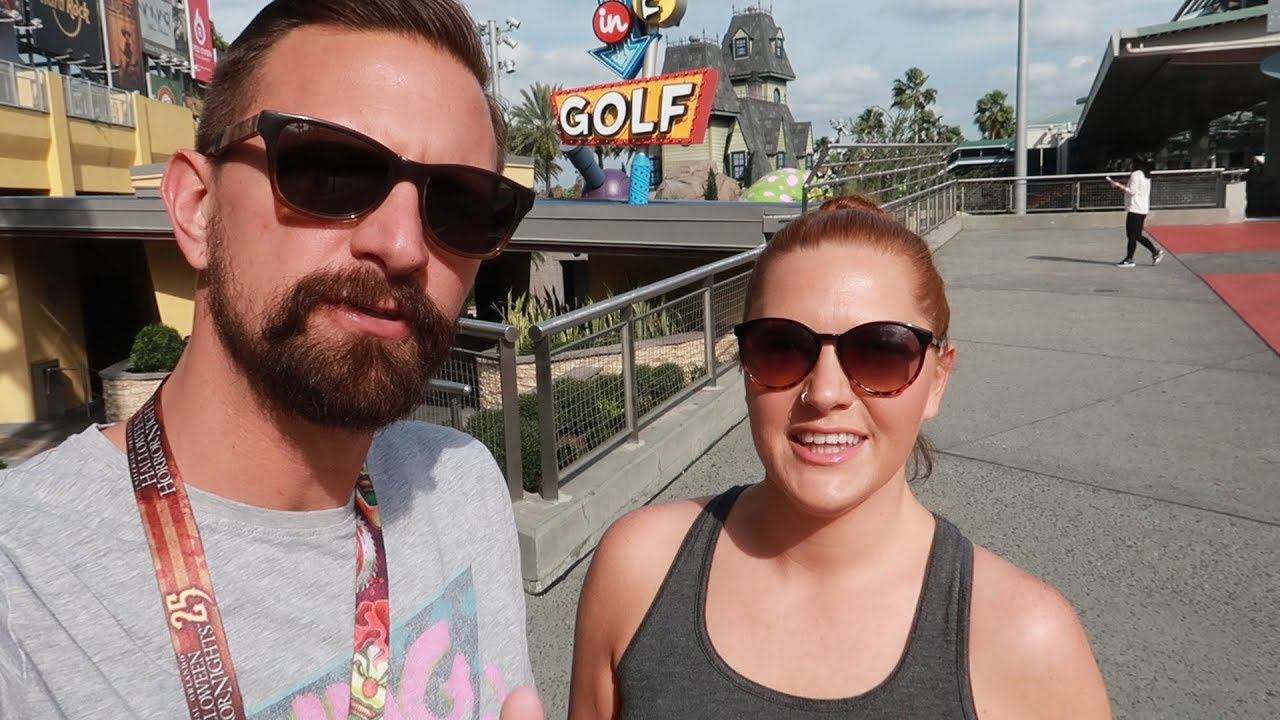 we-played-mini-golf-at-universal-citywalk-s-hollywood-drive-in-golf-sci-fi-alien-invasion-side