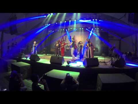 2 Minuts with Starlets Band + Judith @ Asia Music Festival 2013