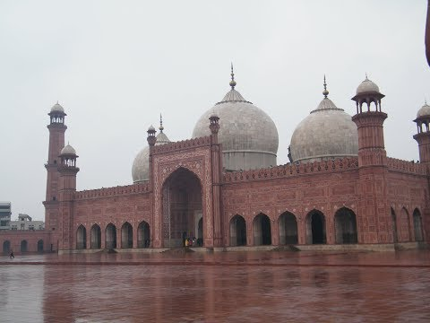 History of Badshahi Mosque Lahore