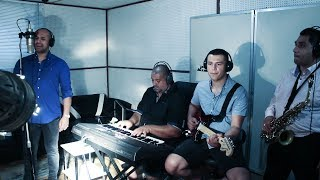 Download lagu Gipsy Demmy Tomas Rado Mange Pijav studio ESPRIT Košice MP3