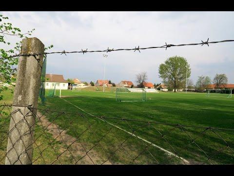 Hátsó füves: az Ásotthalom játékosai a menekültkérdésről