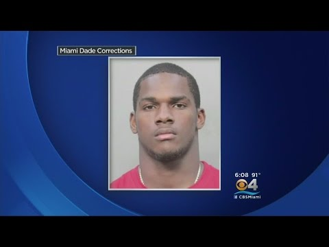 Charges Dropped Against UM's Mark Walton