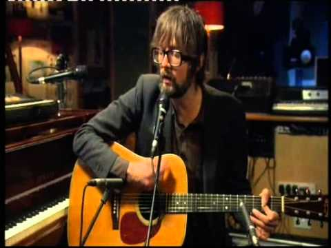 jarvis cocker, plays acoustic version of babies by Pulp