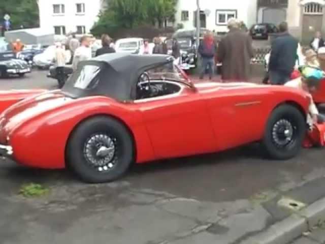 Vintage cars, classic car, oldtimer show in Hasten, Remscheid. 700 Jahre.