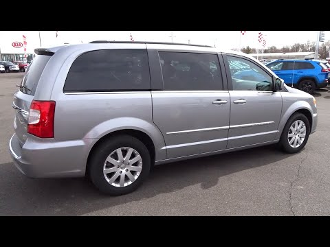 2016 Chrysler Town & Country Columbus, Lancaster, Central Ohio, Newark, Athens, OH C27977A