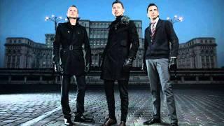 Akcent feat. Ruxandra-Feeling On Fire (Original).wmv