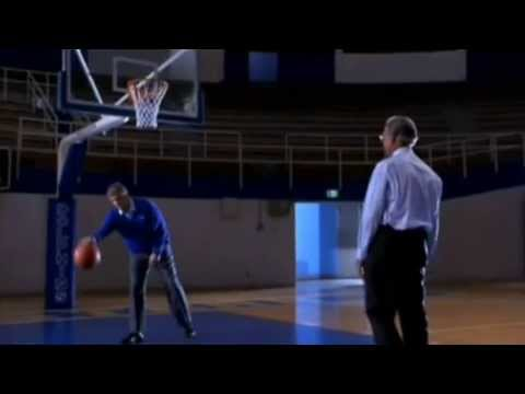 """Bob Cousy's unscripted failure to miss in """"Blue Chips"""""""