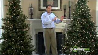 Choosing a Realistic or Traditional Christmas Tree
