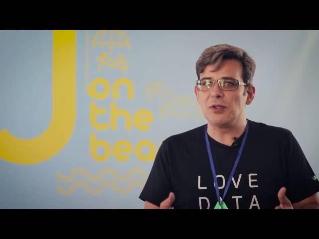 J on the beach - Justo Ruiz Interview