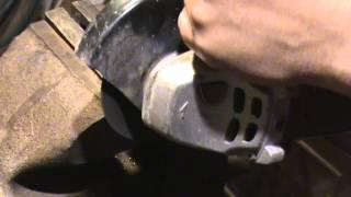 Как правильно отрезать шпильку или болт(Секрет правильной отрезки шпильки. После такого отрезания не возникает проблем по закручивании гайки на..., 2015-05-18T22:12:32.000Z)