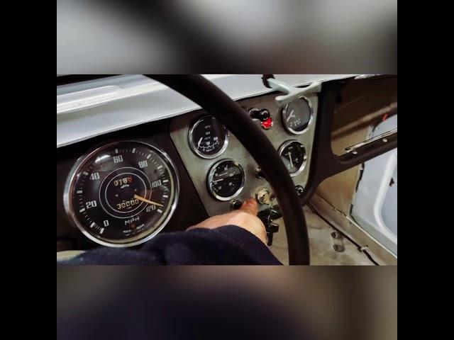 Triumph TR3A - Engine Start