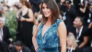 Elisa Isoardi incanta al Festival di Venezia: lo spacco vertiginoso, poi a cena con Salvini