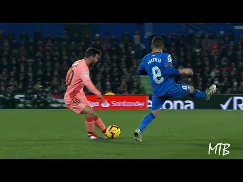 The Art of Passing by Lionel Messi ● Unreal Passing Skills - 2018/19