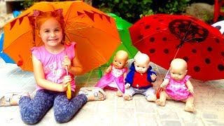 Dolls & Umbrellas - funny game from Nadia