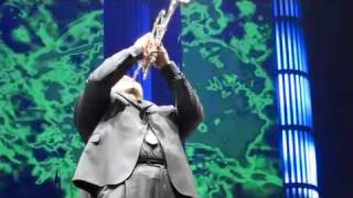Gambar cover Jumaane Smith - Michael Buble - Trumpet Solo - Grand Rapids MI