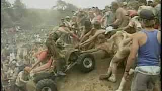 Blackwater Quad Crashes - Quad Biking in the Mud - Bike Wars