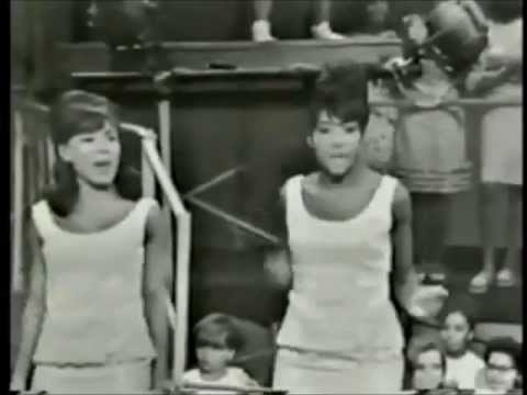 MUSIC OF THE SIXTIES   The Girl Groups Martha,Crystals,Shirelles,Ronettes,Marvelettes,Supremes