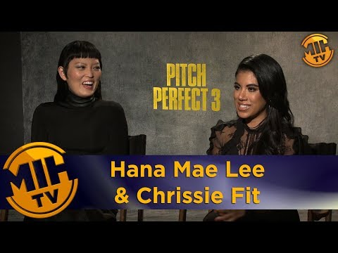 Hana Mae Lee  & Chrissie Fit Pitch Perfect 3 Interview