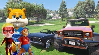 Örümcek Bebek Garfield ve Sincap ile Araba Yarışı Yapıyor 🚗🚙🏎🚓🚔🚗🚙