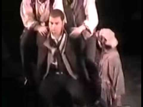 Nick Jonas como Gavroche, Les Miserables 2003.wmv