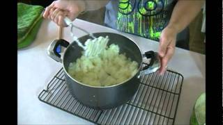 Repeat youtube video Spicy Mashed Potatoes