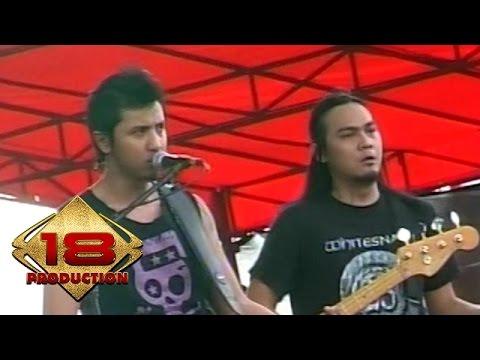 Andra And The Backbone - Pujaan hati  (Live Konser Kotabumi 20 Maret 2008)