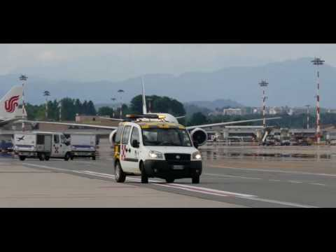 PIA ( Pakistan international Airline ) Tak off!!!  Milan Malpensa Airport, Italy 2017