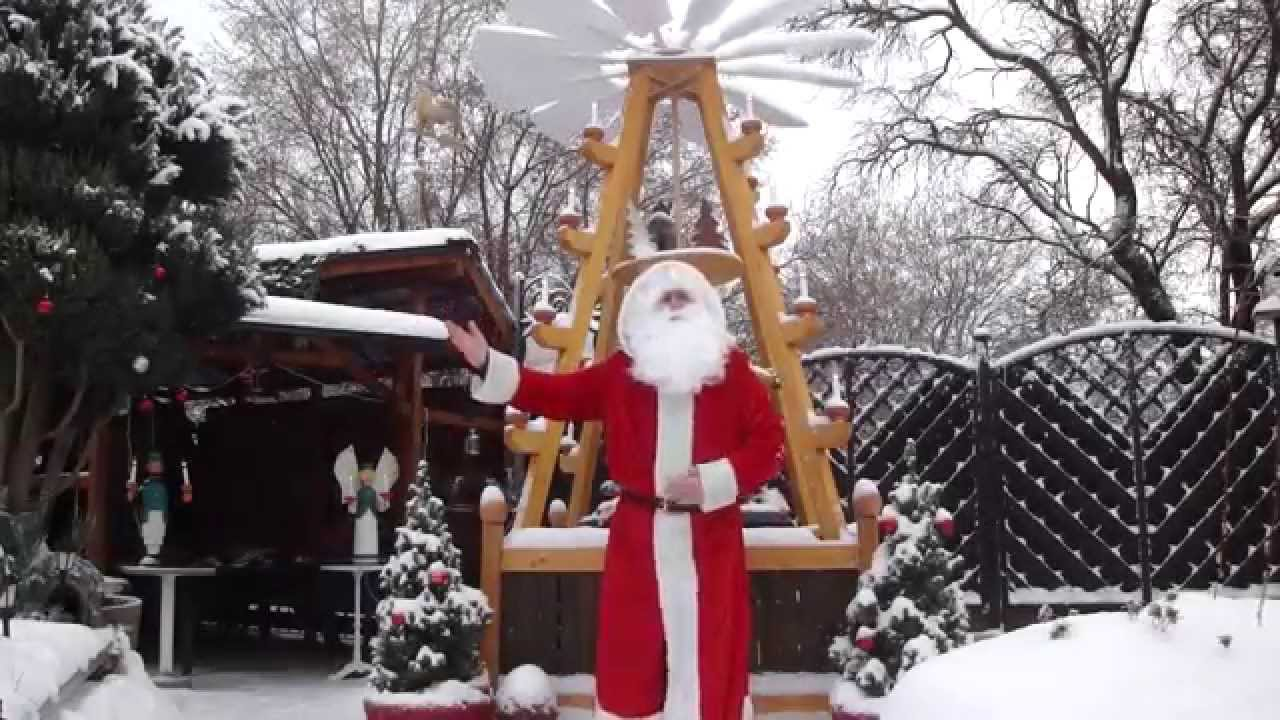 Weihnachtsmann Lieder Hier kommt der Weihnachtsmann und singt ...