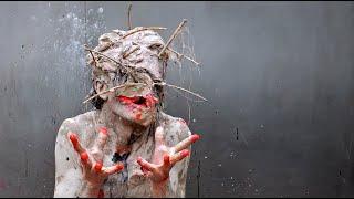 Transfiguration - performance Olivier de Sagazan thumbnail