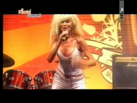 Donatella RETTORE - KONKIGLIA con testo