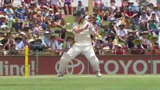 George Bailey smashes 28 runs off one over
