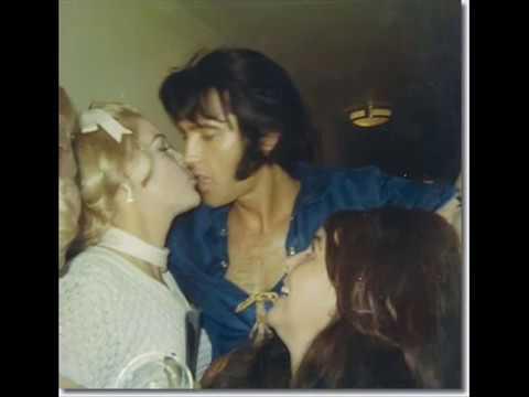 Elvis Presley - Sweet Caroline (live 1969)