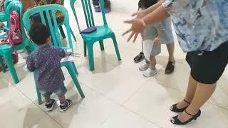 Funny Baby - Nyanyi Lagu Tanganku Ke Depan Versi Bams & Michelle