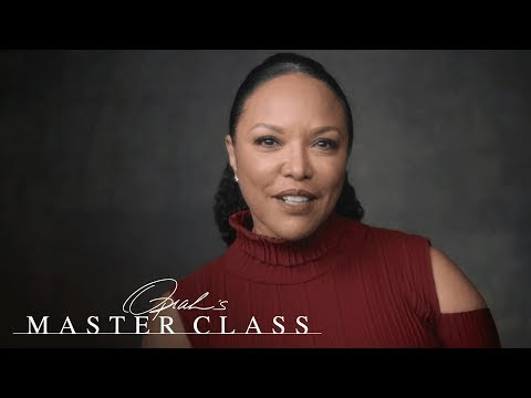 """Why Lynn Whitfield Didn't Initially See Her Pregnancy as a """"Gift"""" 