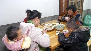 農村媳婦買海蚌煮蘿蔔湯,兒子壹個接壹個吃,太美味了