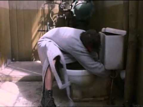 Boondock saints - toiletscene