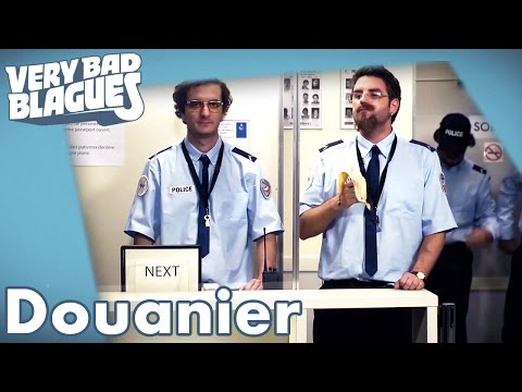 STRIP TEASE - La soucoupe et le perroquetde YouTube · Durée:  14 minutes 25 secondes
